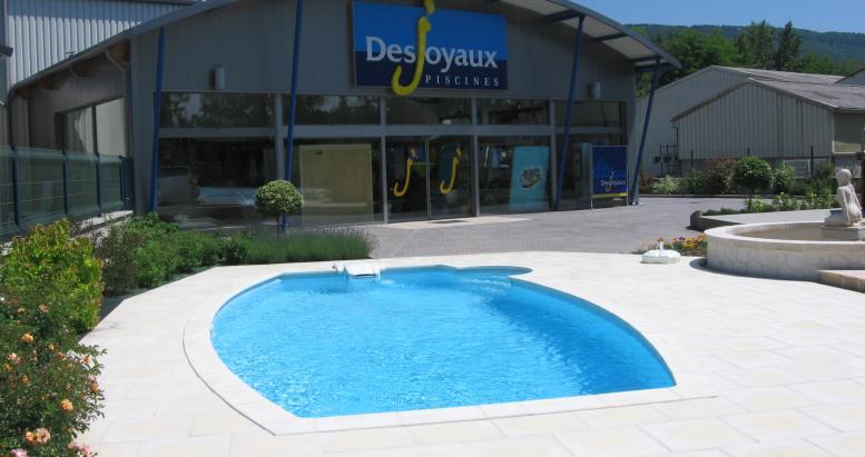 Desjoyaux services for your pool